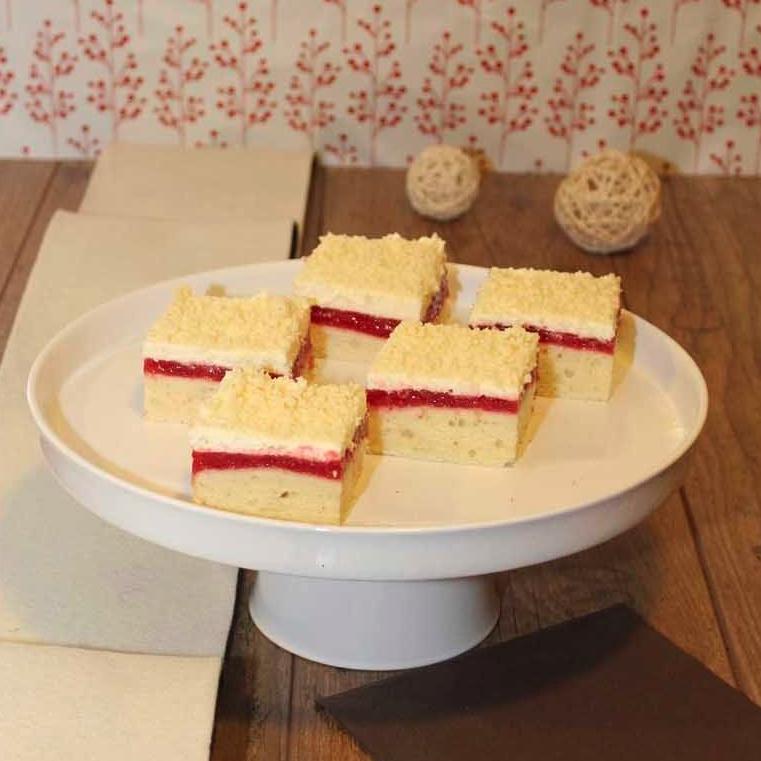Frau Holle Kuchen Speise Kammer